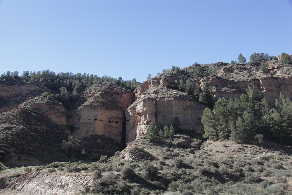 Cueva refugio del Cementerio