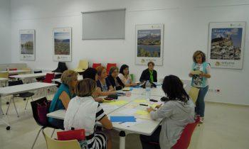 """La Federación de Asociaciones de Mujeres de la comarca de Guadix """"Sulayr"""" recibe una ayuda de 12.500 € del Instituto Andaluz de la Mujer"""