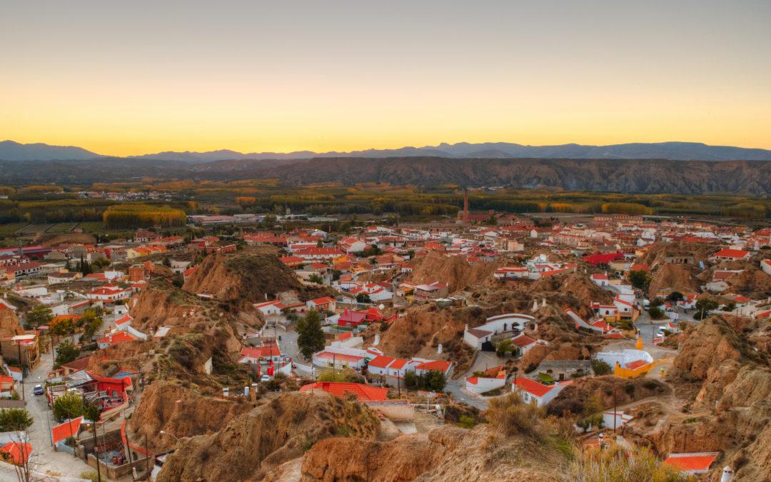 Nuevo sendero local en Benalúa. Permitirá recorrer parte de la historia del Geoparque de Granada a través de sus badlands